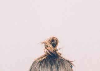 How To Exfoliate Your Scalp in Hindi