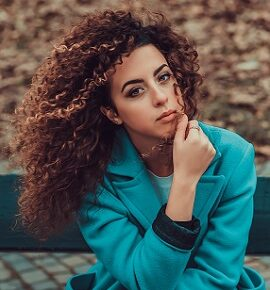 How to Manage Curly Hair in Hindi, Tips to Manage Curly Hair in Hindi